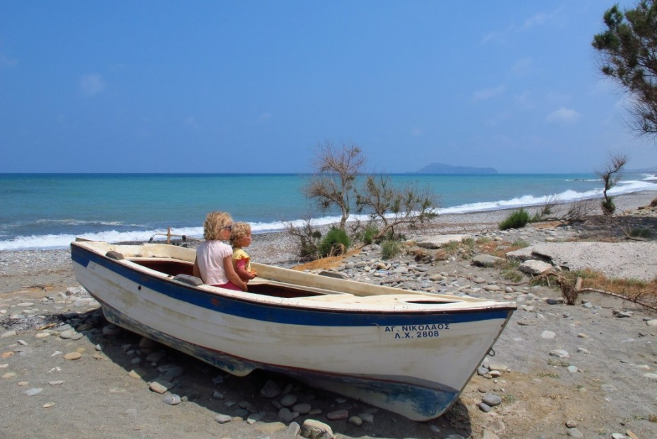 2013-06-28_03_Crete-Greece-Island-Beach-Sea-Boat-Children