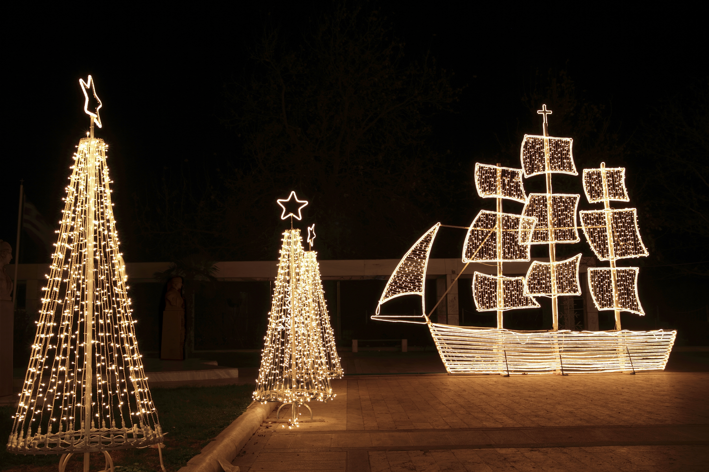 In the Greek tradition ( especially in the islands ) it is common to ornament a ship instead of a tree for Christmas